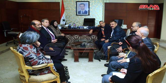 كتاب وصحفيون مصريون يؤكدون تضامنهم مع سورية في مواجهة الإرهاب