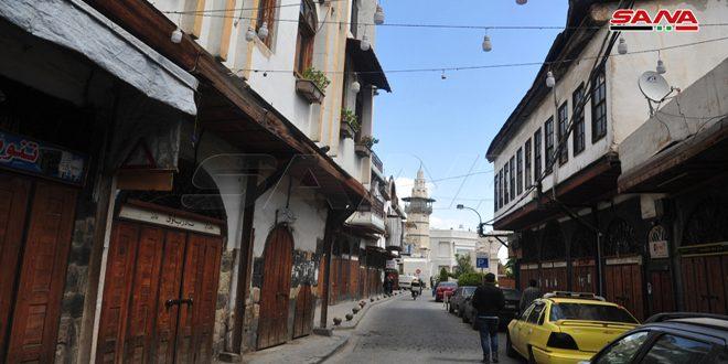 محافظة دمشق تمدد إغلاق المحال التجارية والألبسة والحلاقين والمطاعم وباقي المهن وصالات المناسبات
