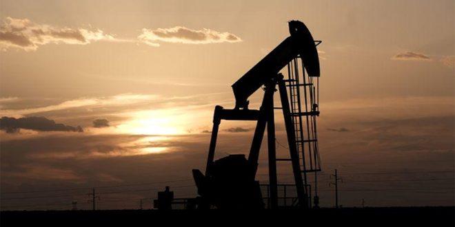 أسعار النفط قرب أقل مستوياتها منذ 2002