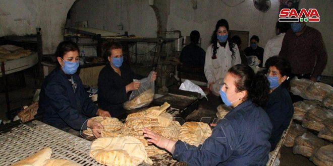 عمال مخابز حلب وطرطوس.. جهود مستمرة وسط التزام تام بالإجراءات الاحترازية