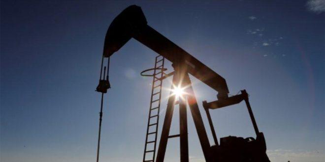 تراجع أسعار النفط بعد خفض وكالة الطاقة توقعاتها للطلب