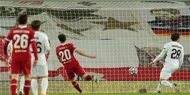 ليفربول يفوز 2-صفر على ميتيلاند