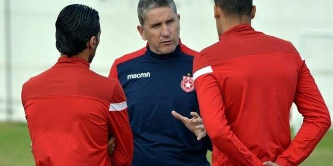 الوداد المغربي يعلن فسخ عقد المدرب الأرجنتيني غاموندي