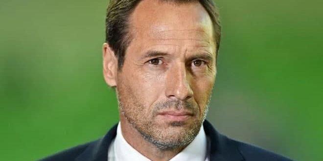 إصابة مدرب منتخب اليونان لكرة القدم بفيروس كورونا
