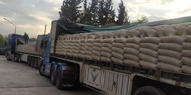 ضبط شاحنتين محملتين بـ 80 طن إسمنت أسود بغرض الإتجار غير المشروع