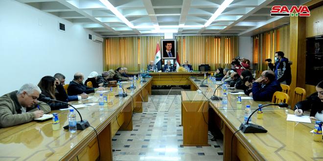 وزير الزراعة: تأمين كميات كبيرة من الأسمدة و70 بالمئة من احتياجات الفلاحين من المازوت