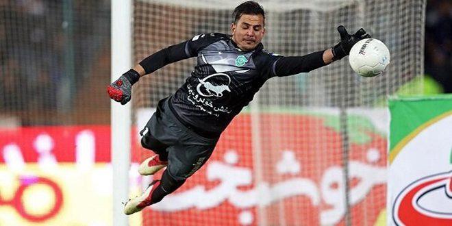 حارس المرمى الإيراني لاك يفوز بجائزة أفضل لاعب في دوري أبطال آسيا