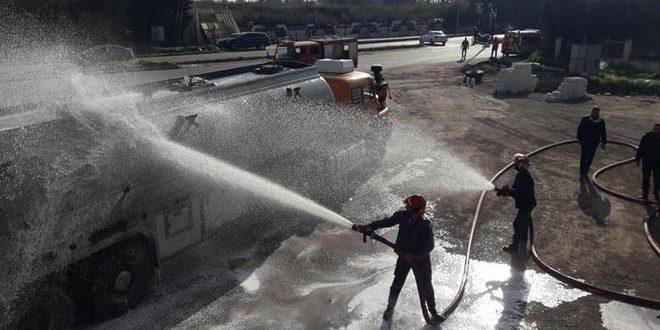 إخماد حريق نشب في صهريج لنقل المحروقات بمدينة حمص