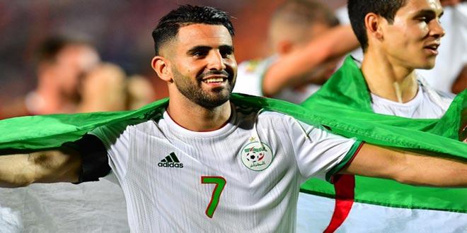 الجزائري محرز يفوز بجائزة أفضل لاعب في إياب نصف نهائي دوري أبطال أوروبا