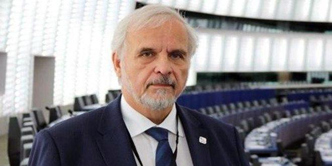 برلماني تشيكي: المخططات الغربية لاستهداف سورية فشلت