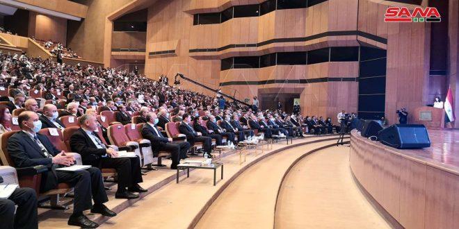 """بحضور المهندس عرنوس… انطلاق مؤتمر الإصلاح الإداري تحت شعار """"إدارة فعالة نحو مؤسسات ديناميكية"""""""