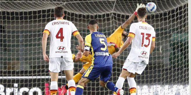 هيلاس فيرونا يفوز على روما في الدوري الإيطالي لكرة القدم