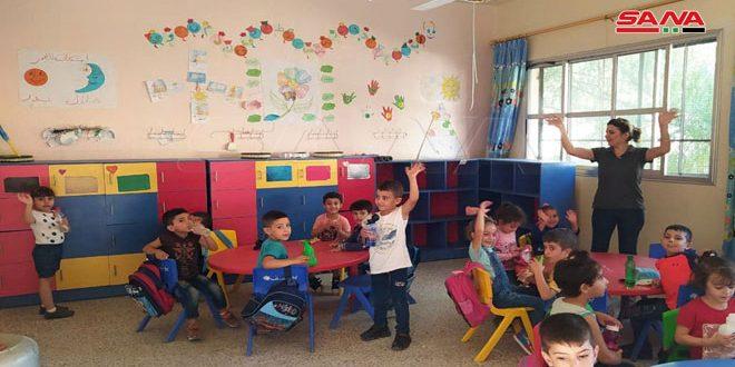 افتتاح ثلاث رياض أطفال في مدينة سلمية بريف حماة الشرقي