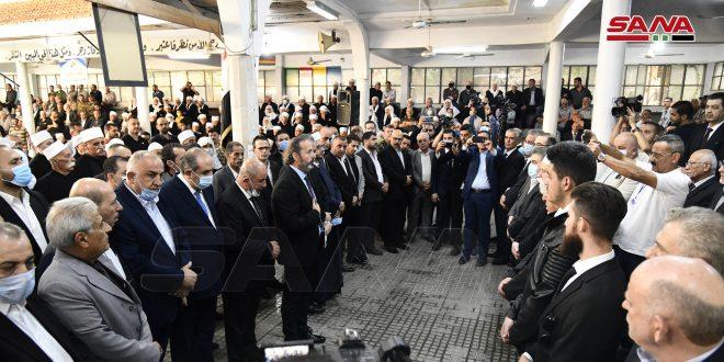 بتكليف من الرئيس الأسد.. الوزير عزام يشارك في مراسم تشييع الشهيد الأسير المحرر مدحت الصالح