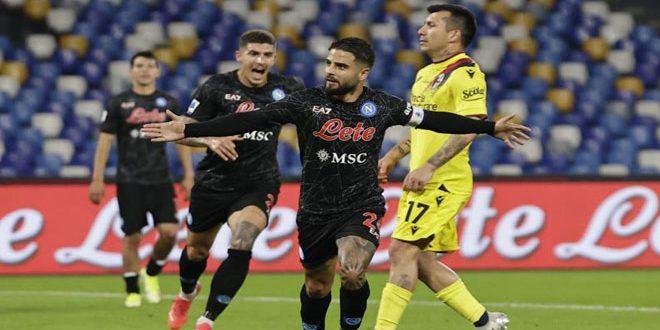 نابولي يهزم بولونيا ويتصدر الدوري الإيطالي